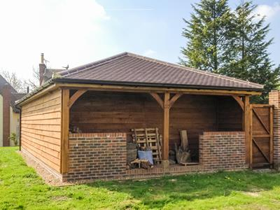 Oak 3 Bay With Log Store Essex