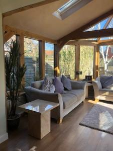 Oak Garden Room - Essex